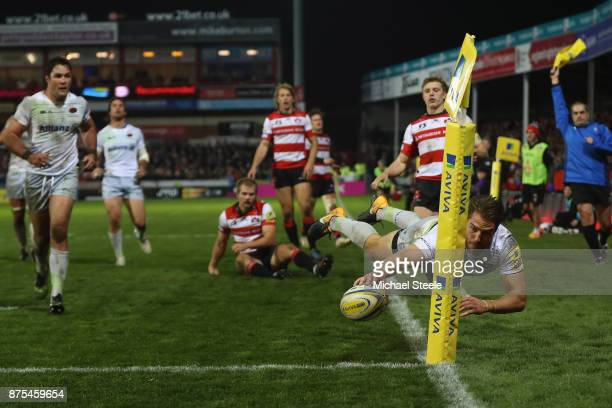 Chris Wyles of Saracens dives over in the corner only for the try to be disallowed during the Aviva Premiership match between Gloucester Rugby and...