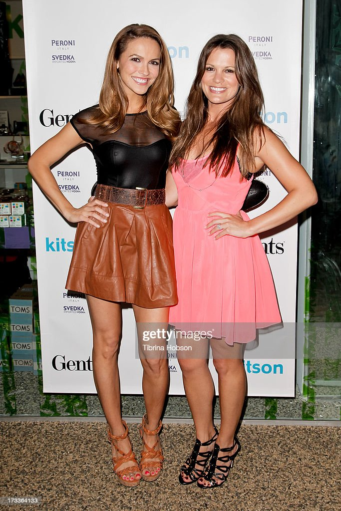 ¿Cuánto mide Melissa Claire Egan? - Real height Chrishell-stause-and-melissa-claire-egan-attend-the-gents-at-kitson-picture-id173364133