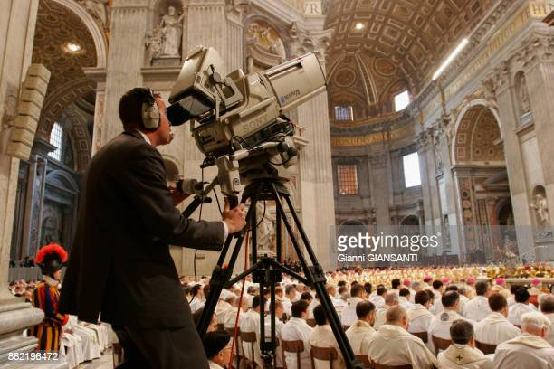 Chrismal mass of Holy Thursday with benediction of oils in the St Peter Basilica Vatican City March 2005 Rome Italy