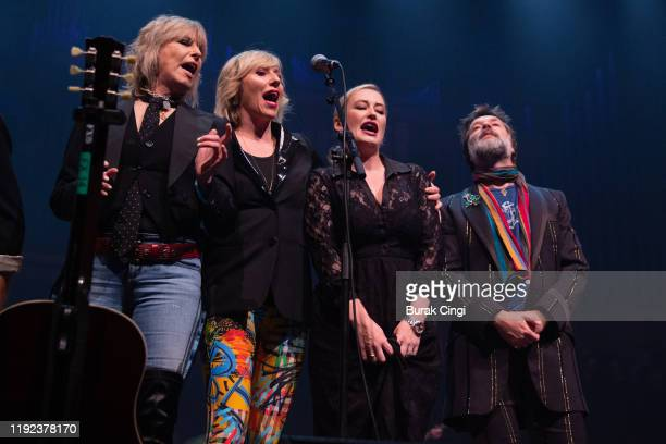 Chrissie Hynde Martha Wainwright Kami Thompson and Rufus Wainwright perform at Rufus and Martha Wainwright's Not So Silent Night event at The Royal...