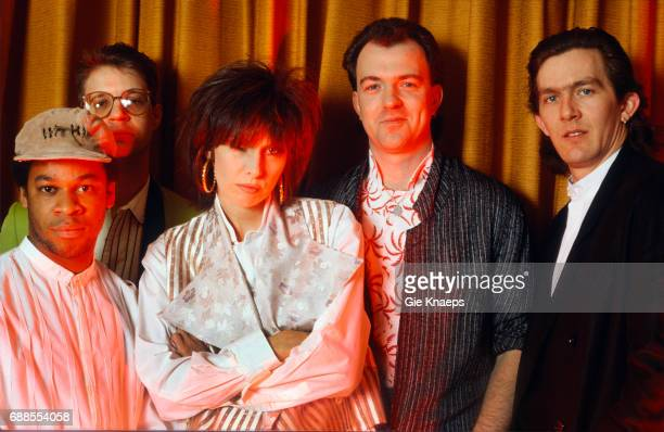 Chrissie Hynde Robbie McIntosh Blair Cunningham Malcolm Foster Rupert Black The Pretenders Frankfurt Germany April 1987