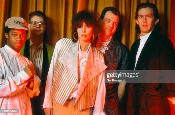 Chrissie Hynde, Robbie McIntosh, Blair Cunningham, Malcolm Foster, Rupert Black, The Pretenders, Frankfurt, Germany, April 1987.