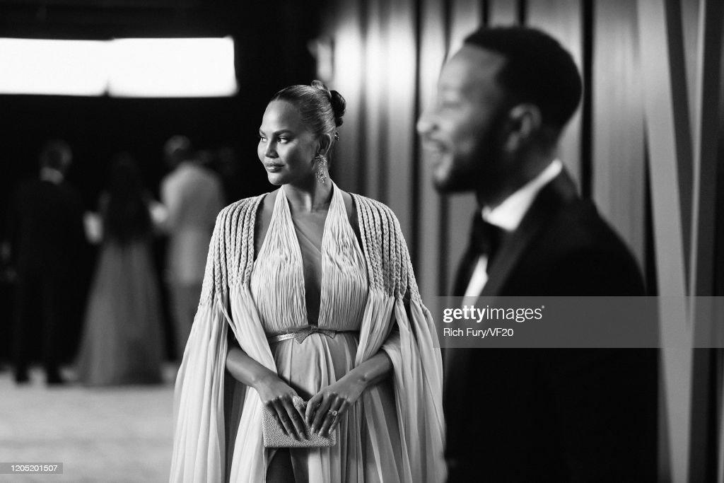 2020 Vanity Fair Oscar Party Hosted By Radhika Jones - Roaming Arrivals : News Photo