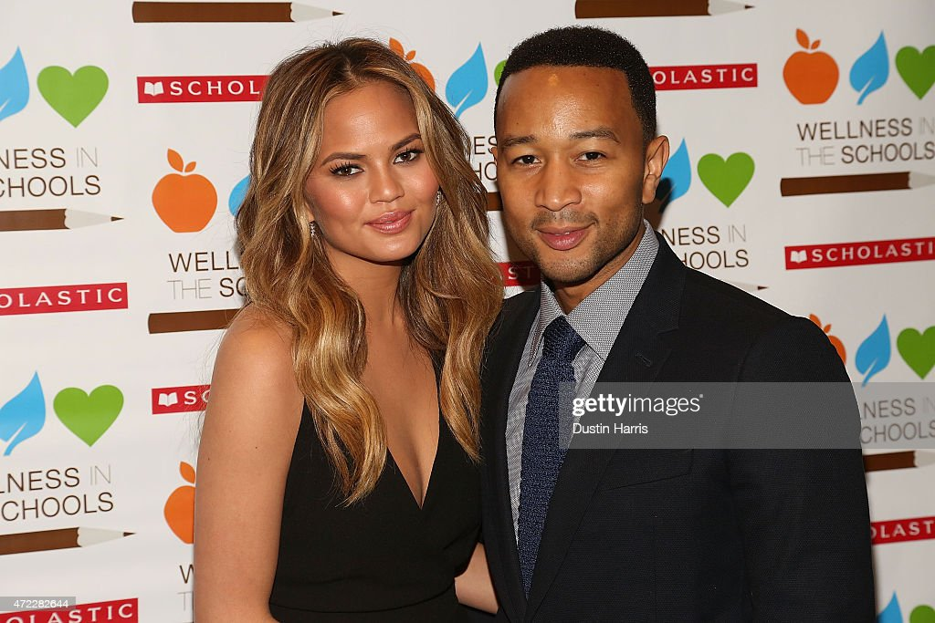 Chrissy Teigen (L) and John Legend attend the Wellness In The Schools 10th Anniversary Gala at Riverpark on May 5, 2015 in New York City.