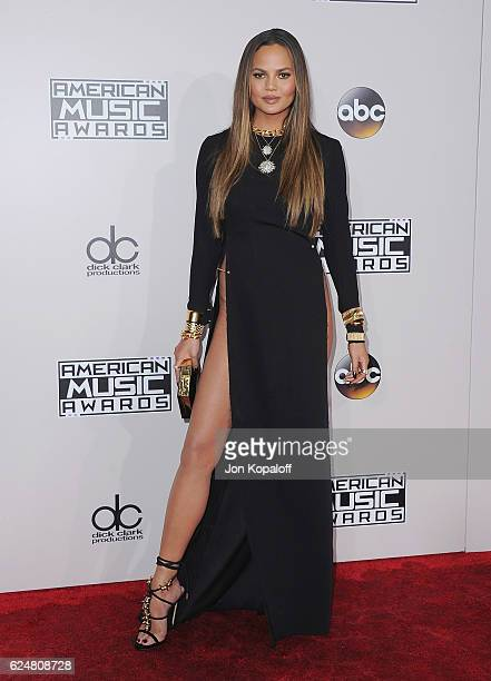 Chrissy Teigen arrives at the 2016 American Music Awards at Microsoft Theater on November 20 2016 in Los Angeles California