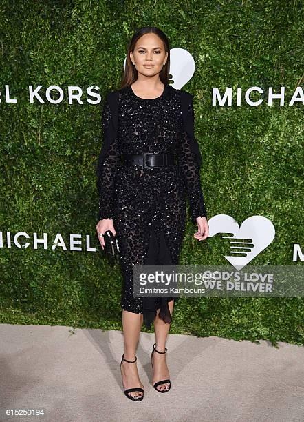 Chrissy Teigen attends the God's Love We Deliver Golden Heart Awards on October 17, 2016 in New York City.
