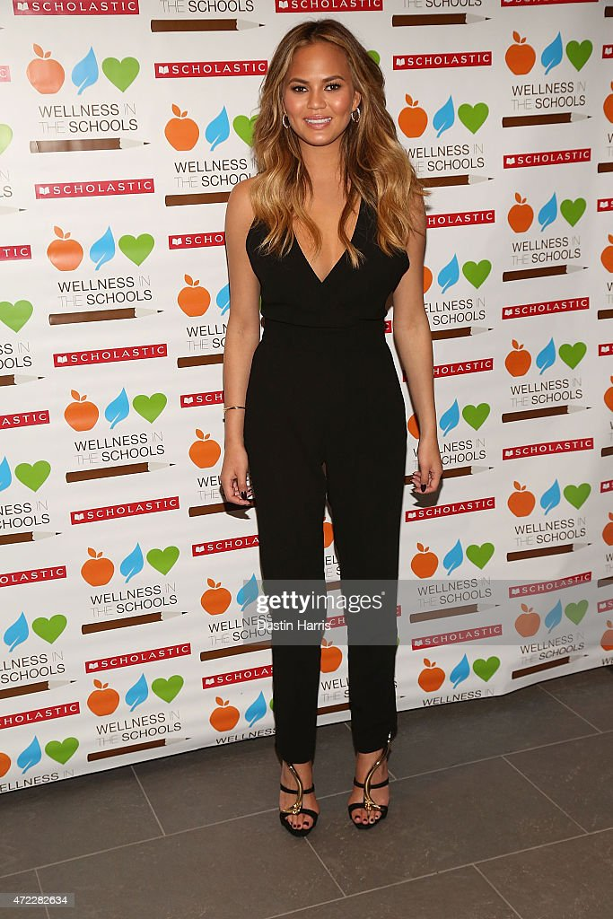 Chrissy Teigen attends the Wellness In The Schools 10th Anniversary Gala at Riverpark on May 5, 2015 in New York City.