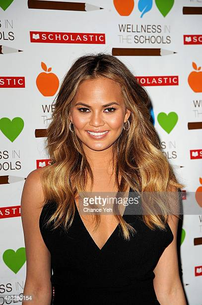 Chrissy Teigen attends Wellness In The Schools 10th Anniversary Gala at Riverpark on May 5, 2015 in New York City.