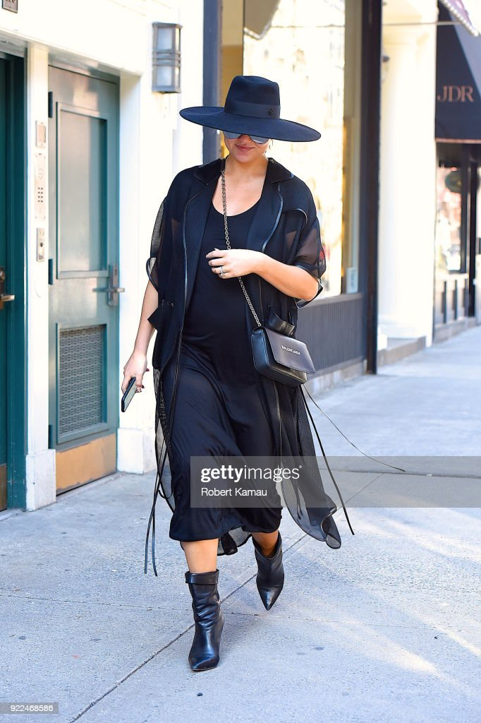 Celebrity Sightings in New York City - February 21, 2018 : News Photo
