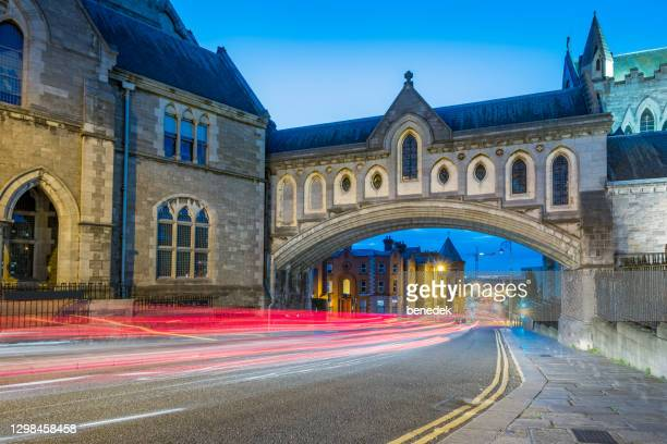 christ church cathedral bridge over winetavern street in dublin ireland - leinster province stock pictures, royalty-free photos & images