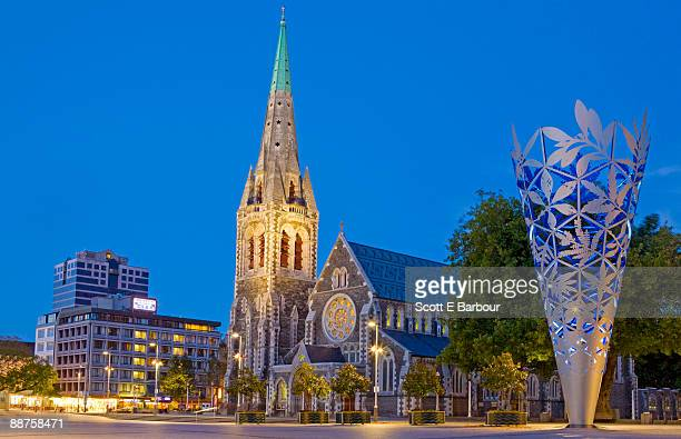 christ church cathedral in cathedral square - christchurch new zealand stock pictures, royalty-free photos & images