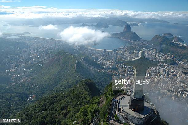 christ the redeemer watching over rio de janeiro - corcovado stock pictures, royalty-free photos & images