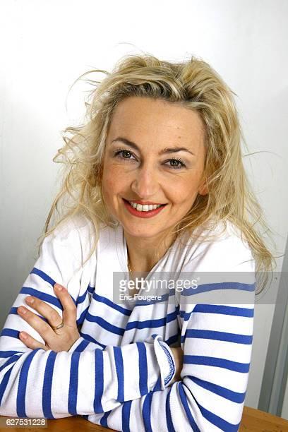 Christelle Chollet on the set of TV show Les Grands du Rire