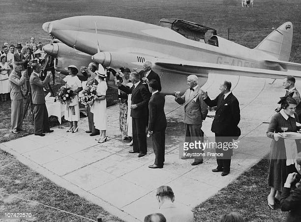 Christening Of The Monoplane Boomerang In England On August 1935