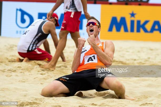 Christiaan Varenhorst of Netherlands celebrates during Day 9 of the FIVB Beach Volleyball World Championships 2017 on August 5 2017 in Vienna Austria