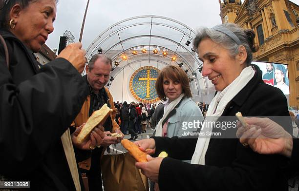 Christian and muslim visitors celebrate Greek orthodox vespers during day 3 of the 2nd Ecumenical Church Day at Odeonsplatz square on May 14 2010 in...