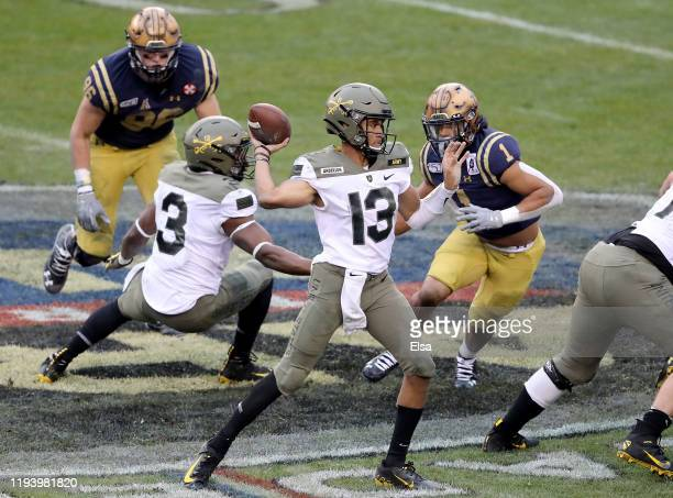 Christian Anderson of the Army Black Knights passes the ball in first quarter against the Navy Midshipmen at Lincoln Financial Field on December 14...