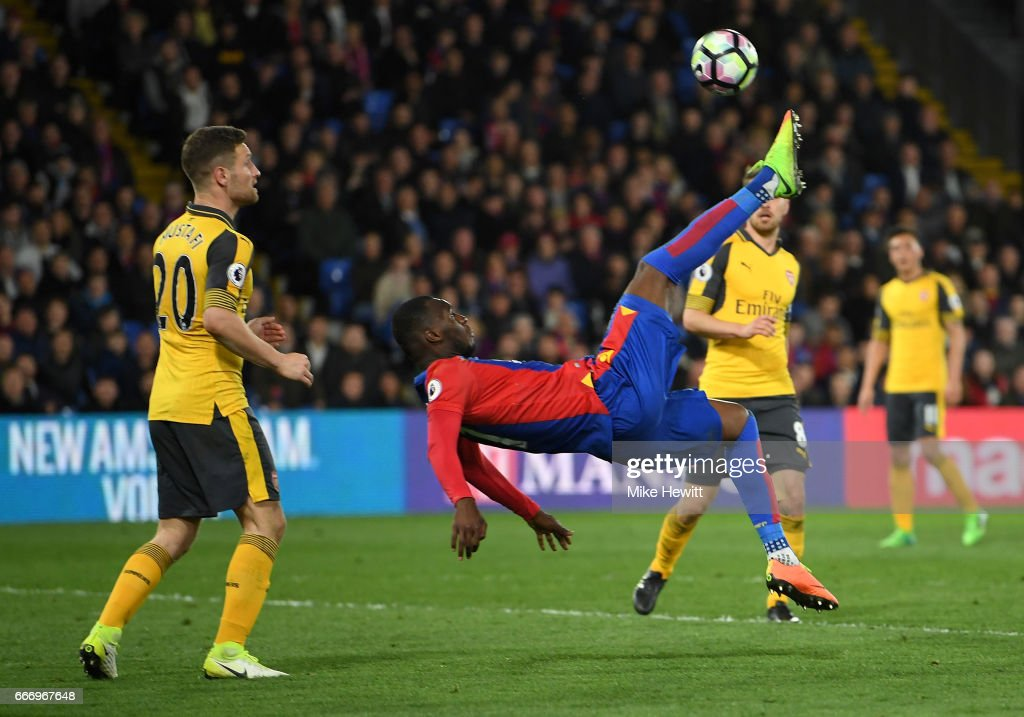 Christian Benteke of Crystal Palace attempts an overhead kick during the Premier League match between Crystal Palace and Arsenal at Selhurst Park on April 10, 2017 in London, England.