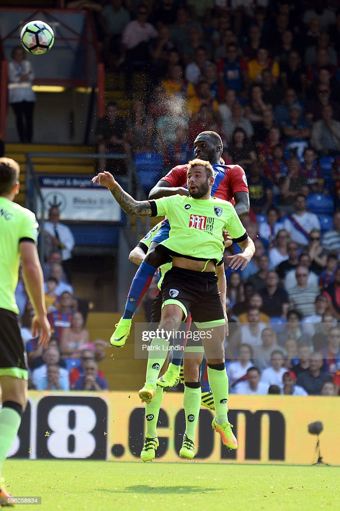 Christian Benteke of Crystal Palace heads the ball during the Premier League match between Crystal Palace and Bournemouth at Selhurst Park on August 27, 2016 in London, England.
