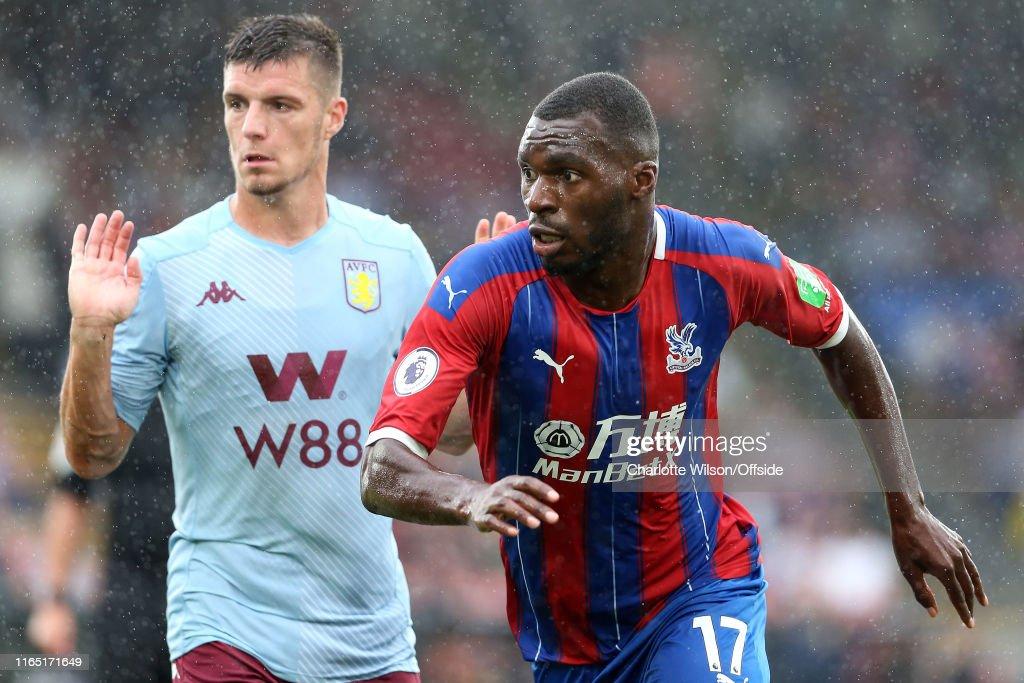 Crystal Palace v Aston Villa - Premier League : Nieuwsfoto's