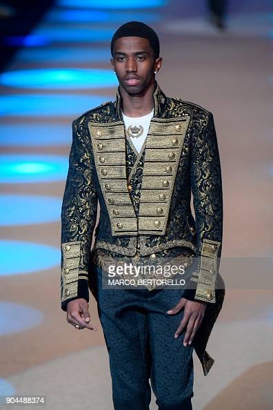 combs christian single men Christian king combs released his 2nd single since signing to his father's label  (  man crush, light skin, personality, dior, flexibility, prince, men's fashion,.