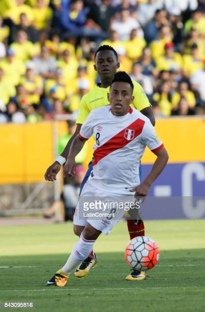 Christian Cueva of Peru runs after the ball during a match between Ecuador and Peru as part of FIFA 2018 World Cup Qualifiers at Olimpico Atahualpa...