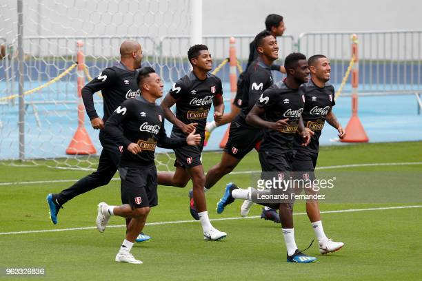 Christian Cueva Wilder Cartagena Renato Tapia Christian Ramos and Sergio Pena of Peru train during an open training session ahead of FIFA World Cup...