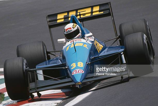 Christian Danner of Germany drives the Rial Racing Rial ARC2 Ford Cosworth DFR V8 during the Mexican Grand Prix on 28 May 1989 at the Autodromo...