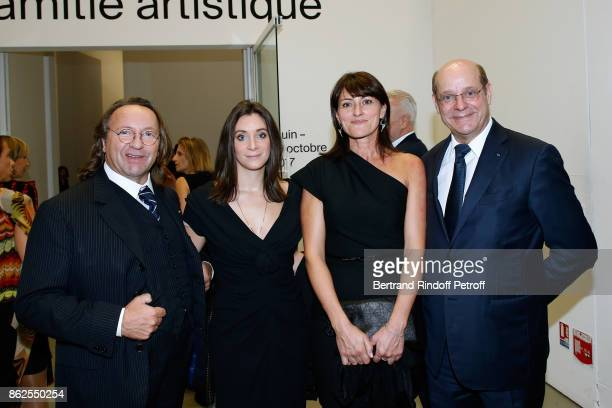 Christian Deydier his daughter Stephanie Deydier Valerie Spencer and Bill Pallot attend the 'Societe des Amis du Musee d'Art Moderne de la Ville de...