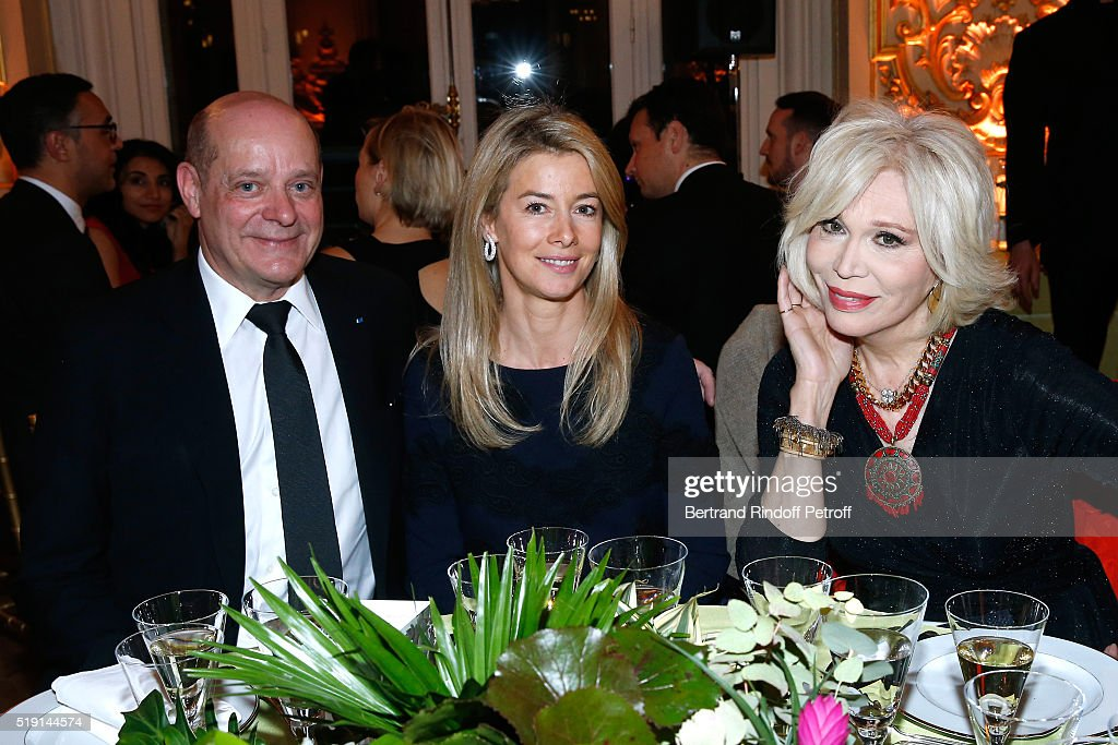 Christian Deydier, Valerie Hortefeux and Amanda Lear attend the 'Societe des Amis du Musee D'Orsay' : Dinner and Private tour of the Exhibition 'Le Douanier Rousseau - L'innocence archaique'. Held at Musee d'Orsay on April 4, 2016 in Paris, France.