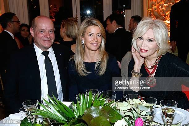Christian Deydier Valerie Hortefeux and Amanda Lear attend the 'Societe des Amis du Musee D'Orsay' Dinner and Private tour of the Exhibition 'Le...