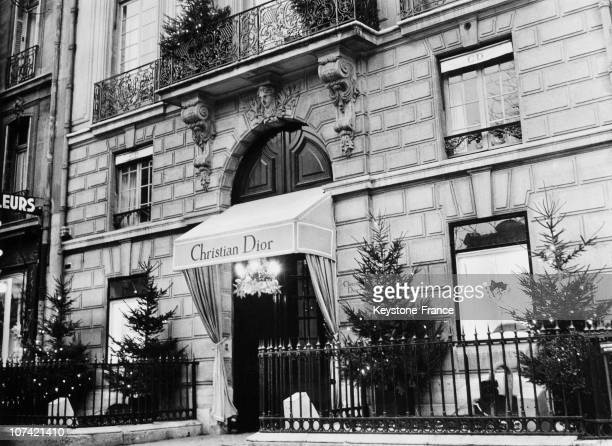 Christian Dior Fashion House In Paris