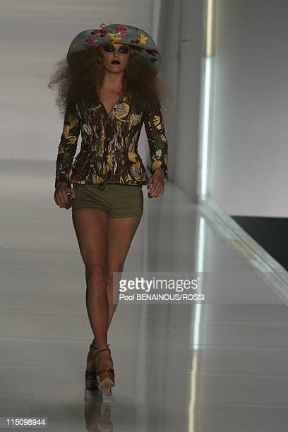 Christian Dior SpringSummer 2005 ready to wear fashion show in Paris France on October 05 2004 Fifteenyearold model Riley Keough Elvis Presley's...