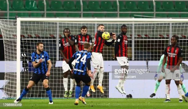 Christian Eriksen of FC Internazionale scores his goal on free kick during the Coppa Italia match between FC Internazionale and AC Milan at Stadio...