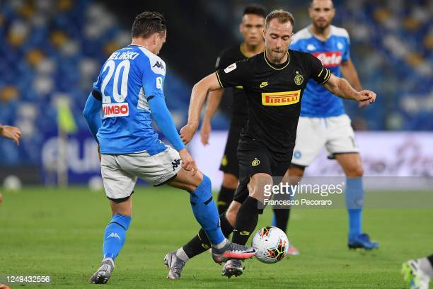 Christian Eriksen of FC Internazionale vies with Piotr Zielinski of SSC Napoli during the Coppa Italia SemiFinal Second Leg match between SSC Napoli...