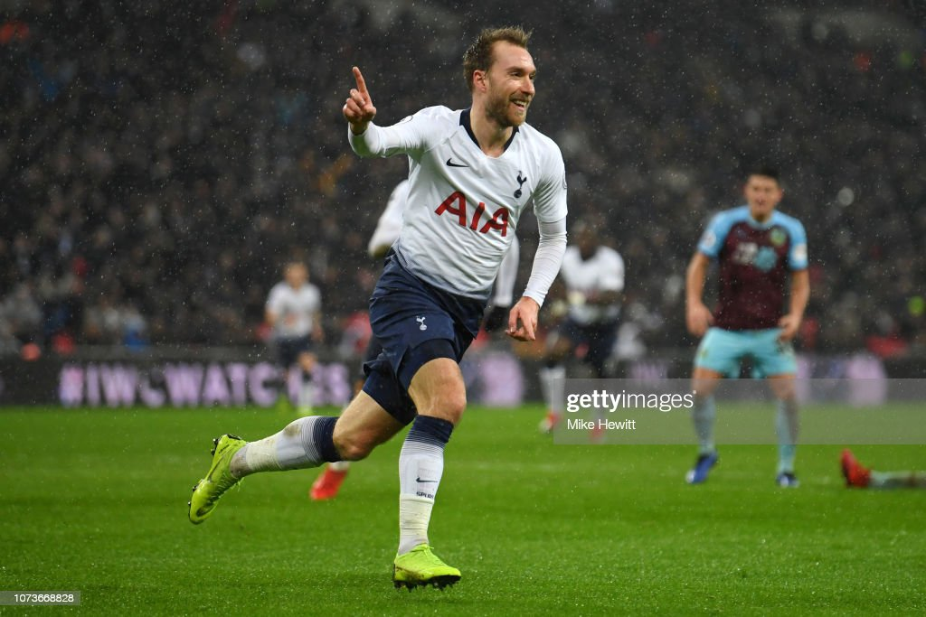 Tottenham Hotspur v Burnley FC - Premier League : News Photo