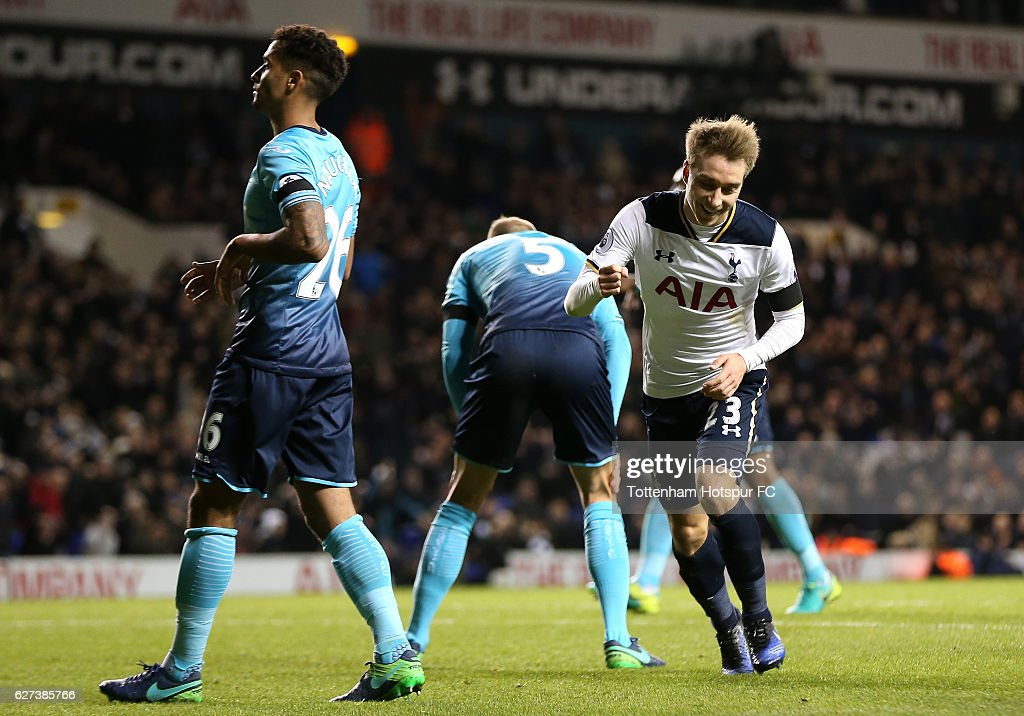 Christian Eriksen of Tottenham Hotspur celebrates scoring his team's fifth goal during the Premier League match between Tottenham Hotspur and Swansea City at White Hart Lane on December 3, 2016 in London, England.