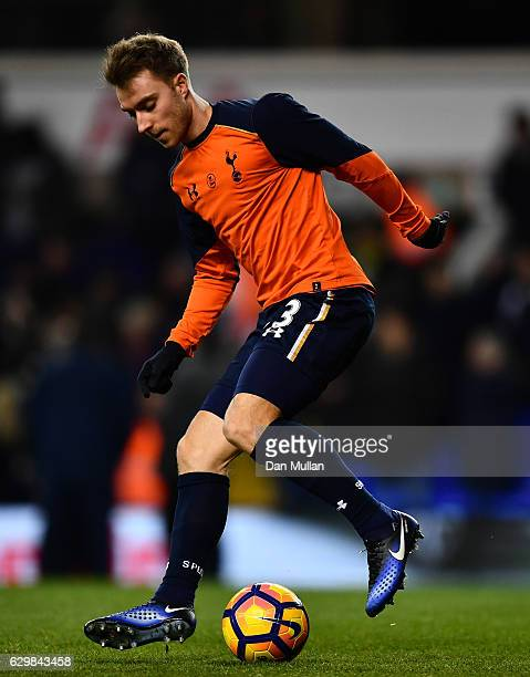 Christian Eriksen of Tottenham Hotspur warms up prior to kick off during the Premier League match between Tottenham Hotspur and Hull City at White...