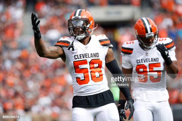 Christian Kirksey of the Cleveland Browns celebrates play in the first quarter against the New York Jets at FirstEnergy Stadium on October 8 2017 in...
