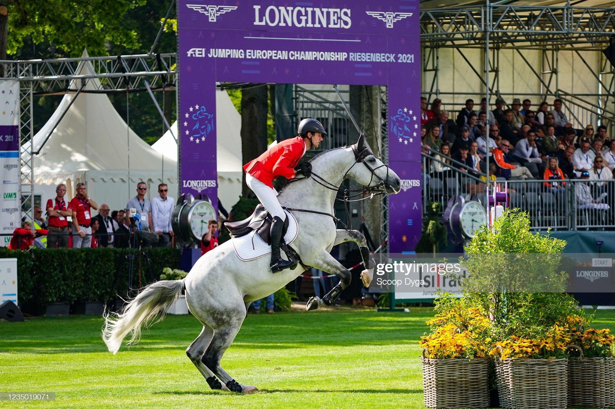 Jumping - European Championship : News Photo
