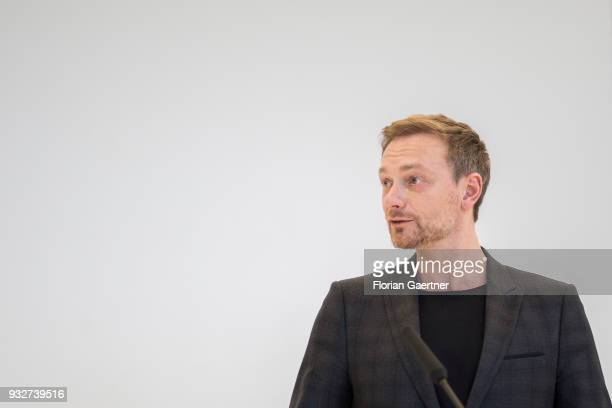 Christian Lindner head of the Free Democratic Party speaks to the media before the faction meeting on March 13 2018 in Berlin Germany