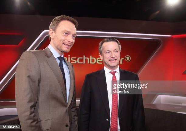 Christian Lindner mit Nikolaus Blome in der ARDTalkshow maischberger am in Berlin Eurokrise Flüchtlingsstreit Wieder Ärger mit Griechenland