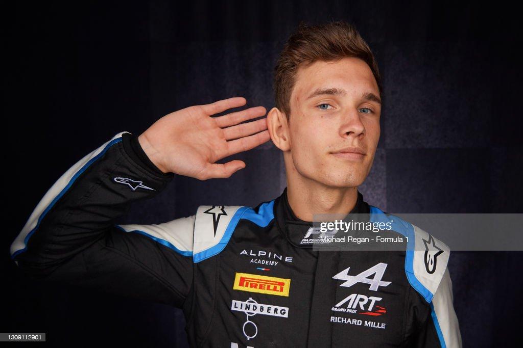 Formula 2 Drivers Portrait Session : ニュース写真