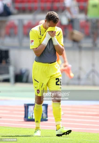 Christian Mathenia of 1. FC Nuernberg reacts after the Second Bundesliga match between 1. FC Nürnberg and SpVgg Greuther Fürth at Max-Morlock-Stadion...