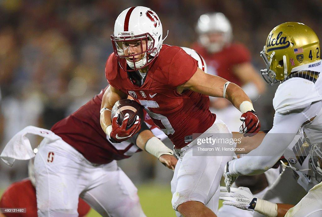 UCLA v Stanford : News Photo