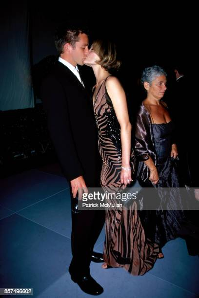 Christian McCaw Amber Valletta Vanity Fair Oscars party Mortons Los Angeles CA March 25 2001