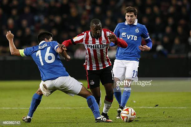 Christian Noboa of Dinamo Moscow Jetro Willems of PSV Aleksei Ionov of Dinamo Moscow during the UEFA Europa League group match between PSV Eindhoven...