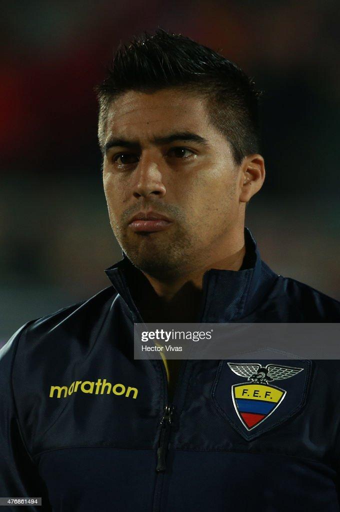 Chile v Ecuador: Group A - 2015 Copa America Chile