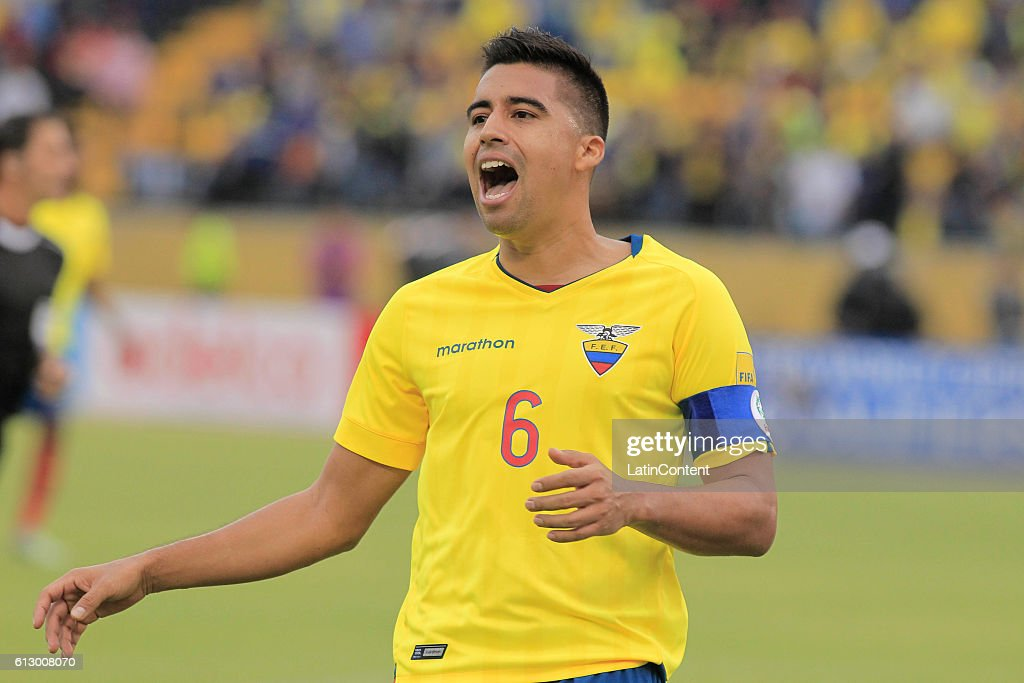 Ecuador v Chile - FIFA 2018 World Cup Qualifiers