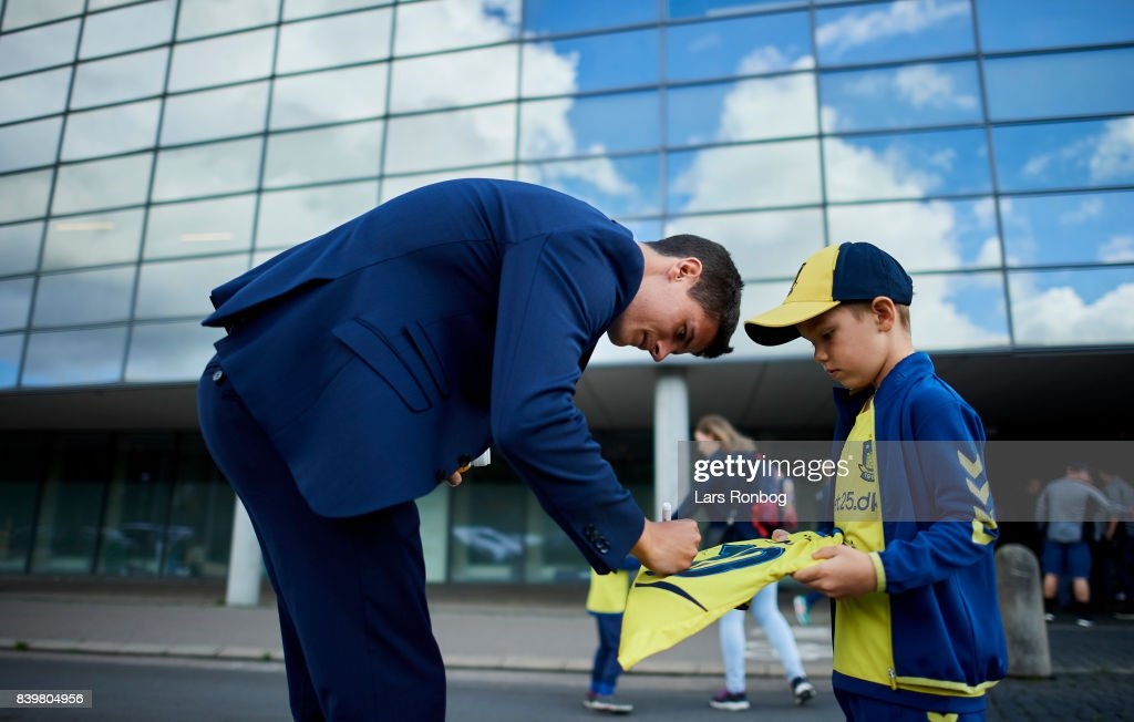 Christian Norgaard of Brondby IF signing autographs for young fans prior to the Danish Alka Superliga match between Brondby IF and AC Horsens at Brondby Stadion on August 27, 2017 in Brondby, Denmark.